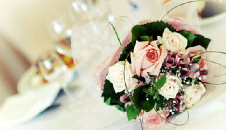 How to Make a Surprise Party for your Loved One